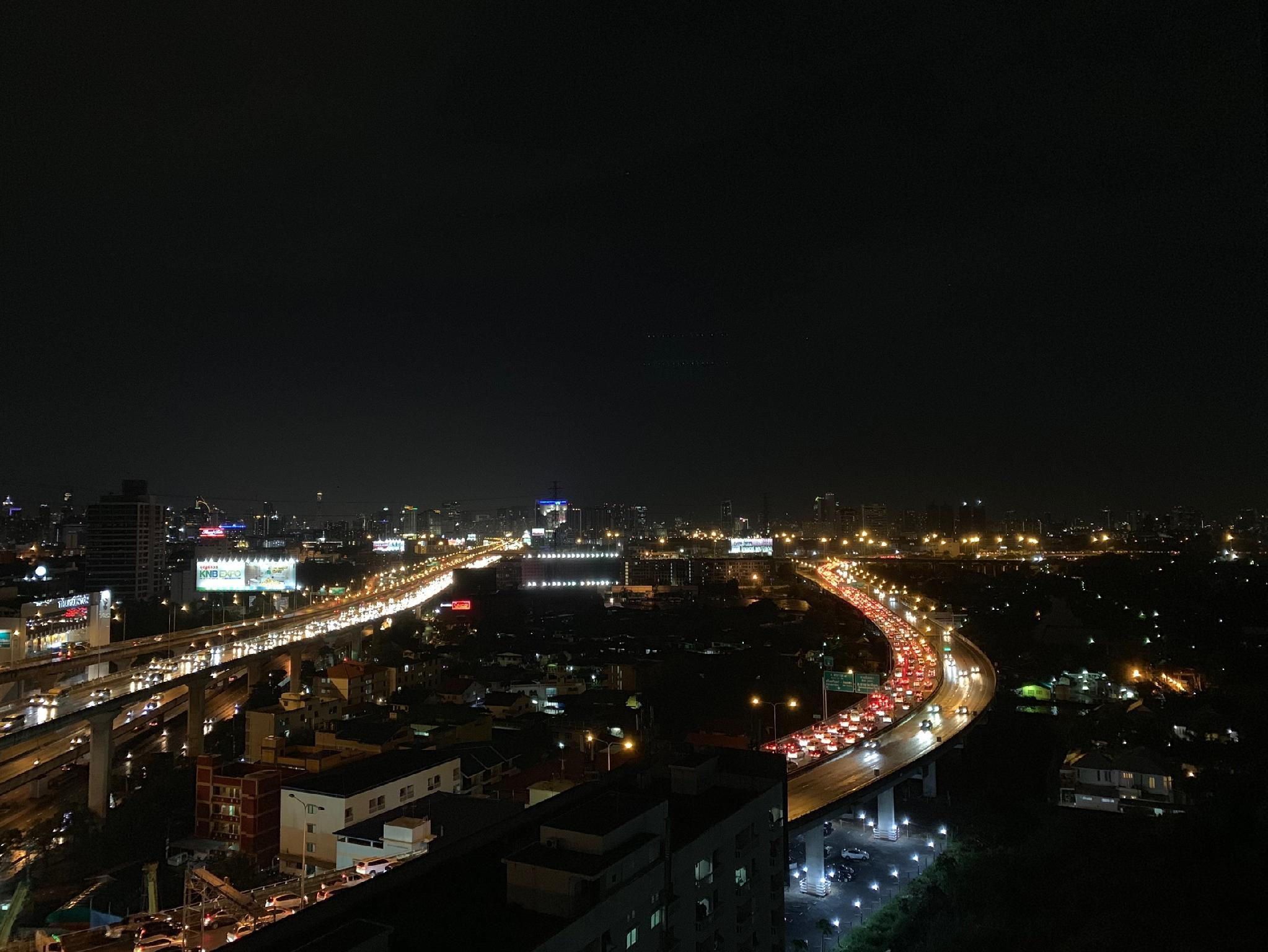Nice View Condotel In City