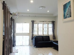 [バンセーン]一軒家(50m2)| 4ベッドルーム/2バスルーム BaanChananya Bangsaen