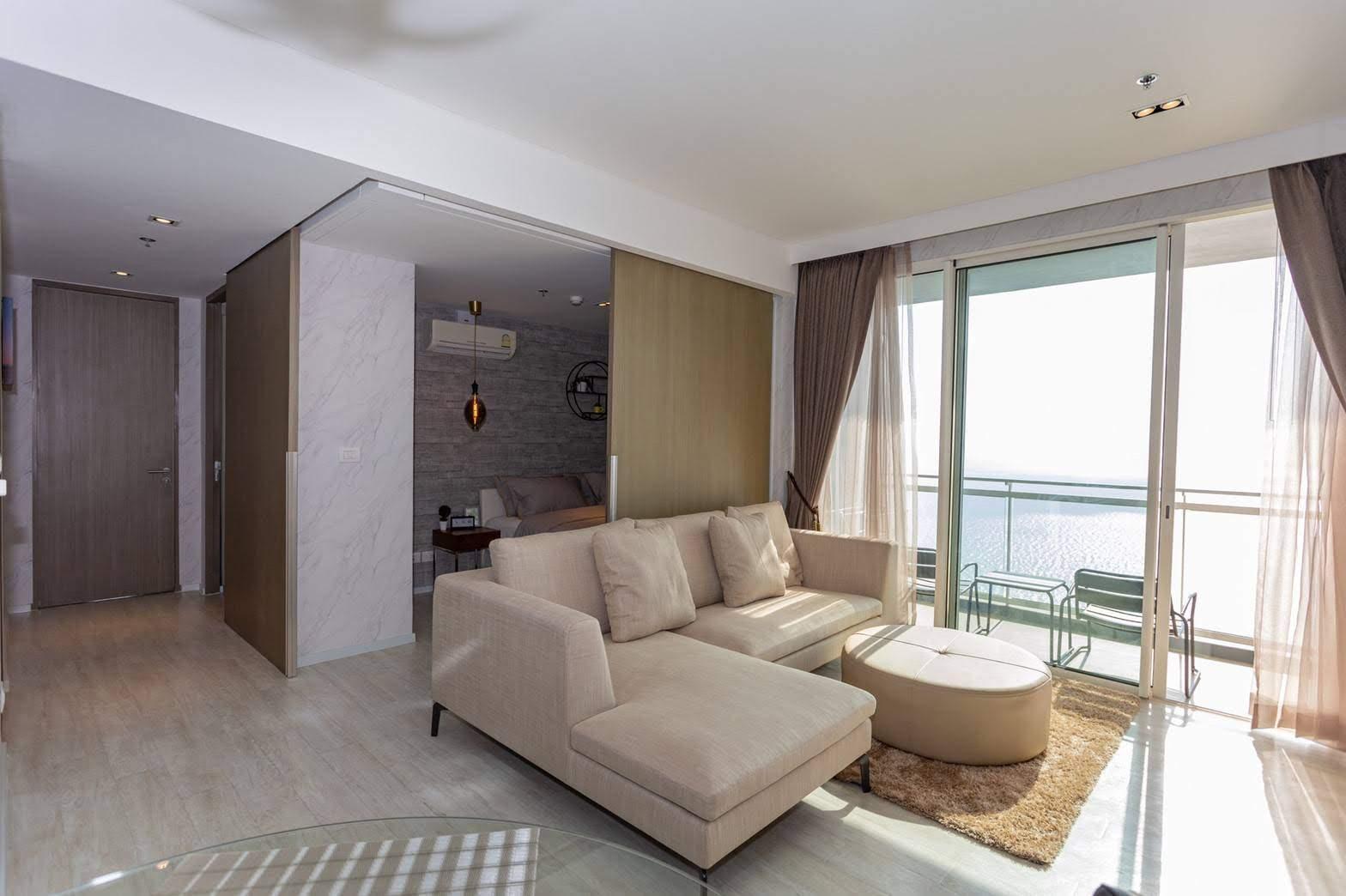 Unique Design 31 Floor 3 BR Veranda Residence 7PAX