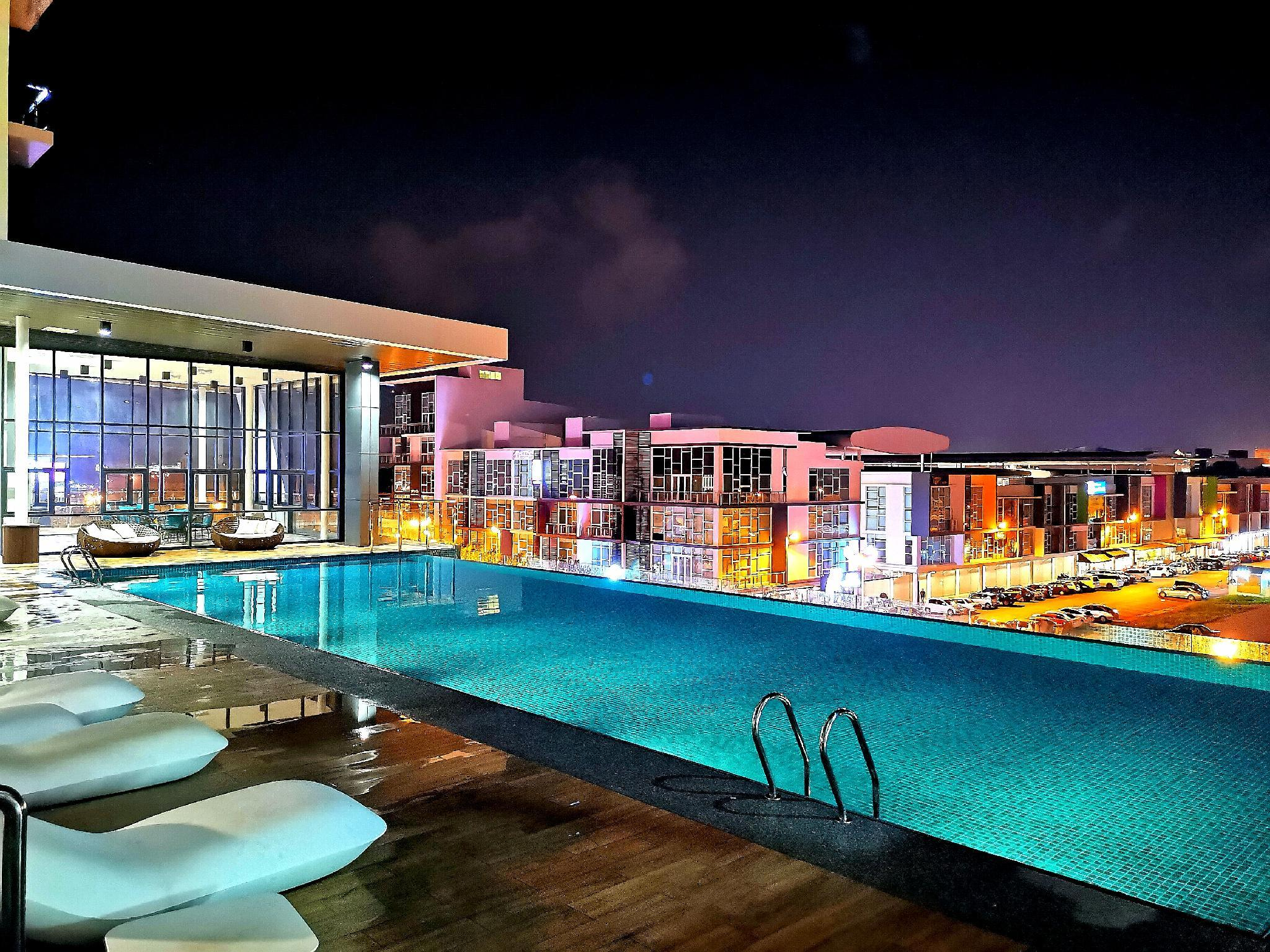 Cozy HomeStay 2R2B Downtown @Galacity Kuching