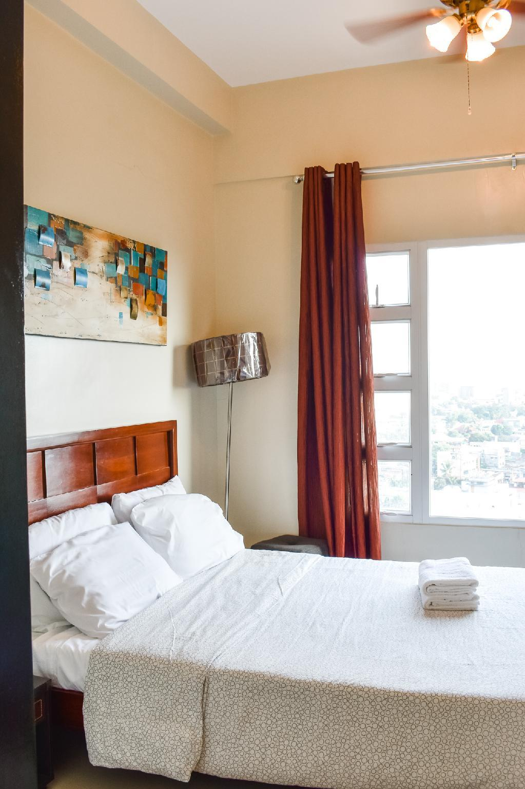 Cozy One Bedroom With WIFI In The City  1110