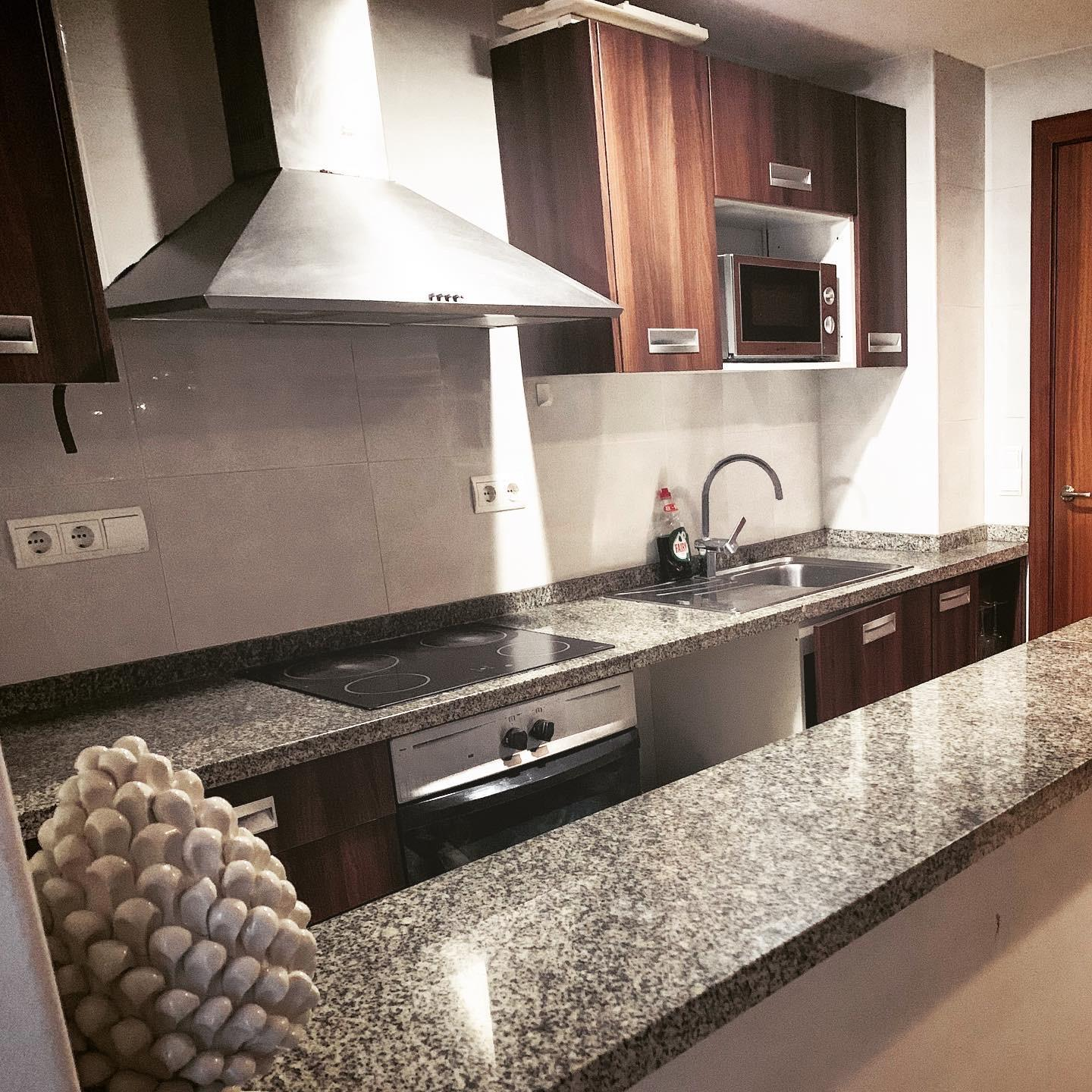 Fully Furnished Apartment Heart Of Playa Den Bossa