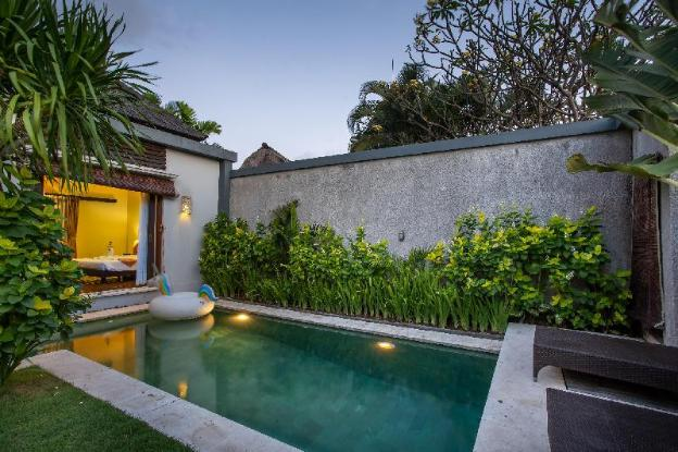 Villa Nadya, 2BR, prime location, fully Private