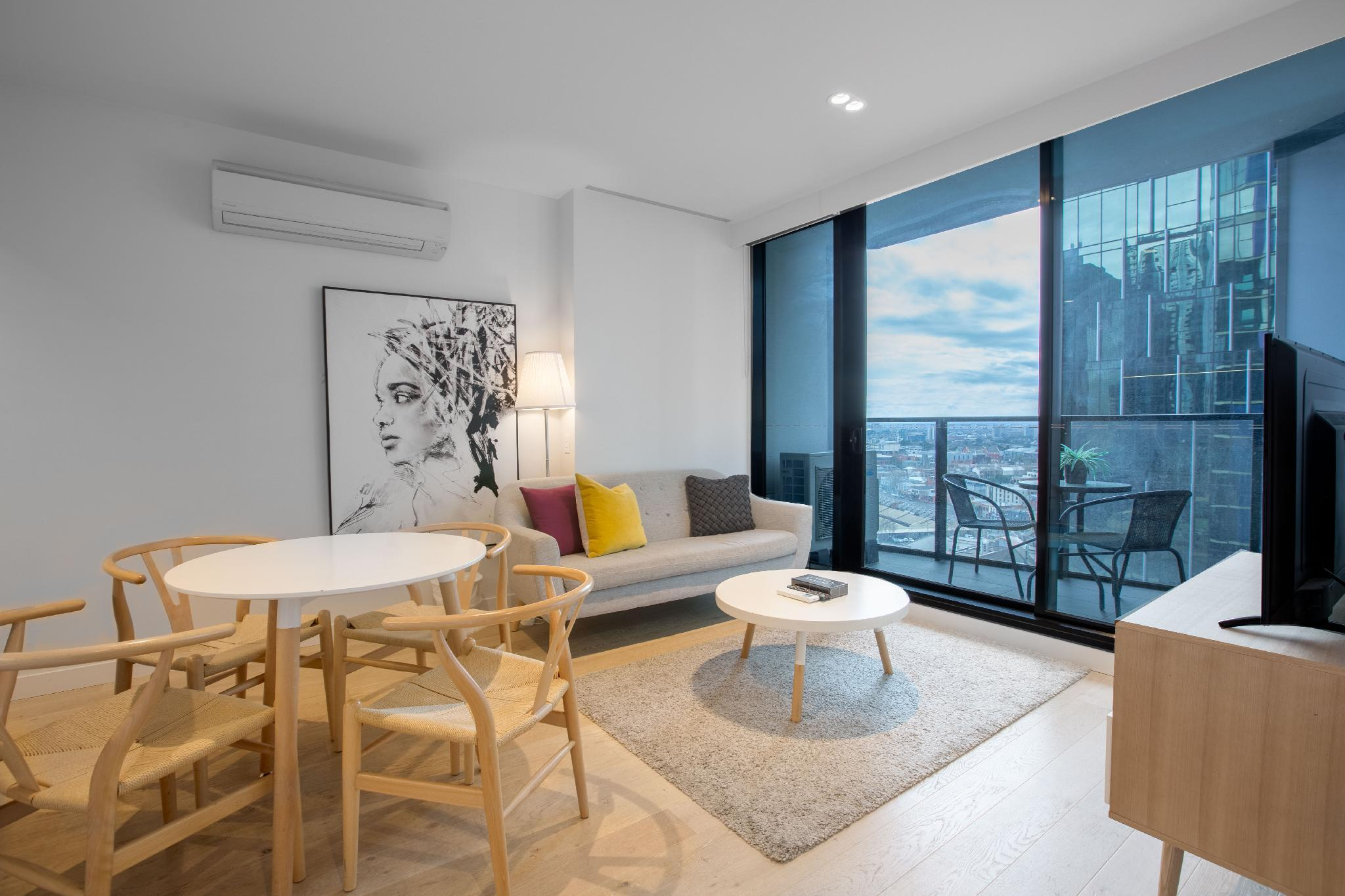 LH 1810 Luxury Apartment In Heart Of Melbourne