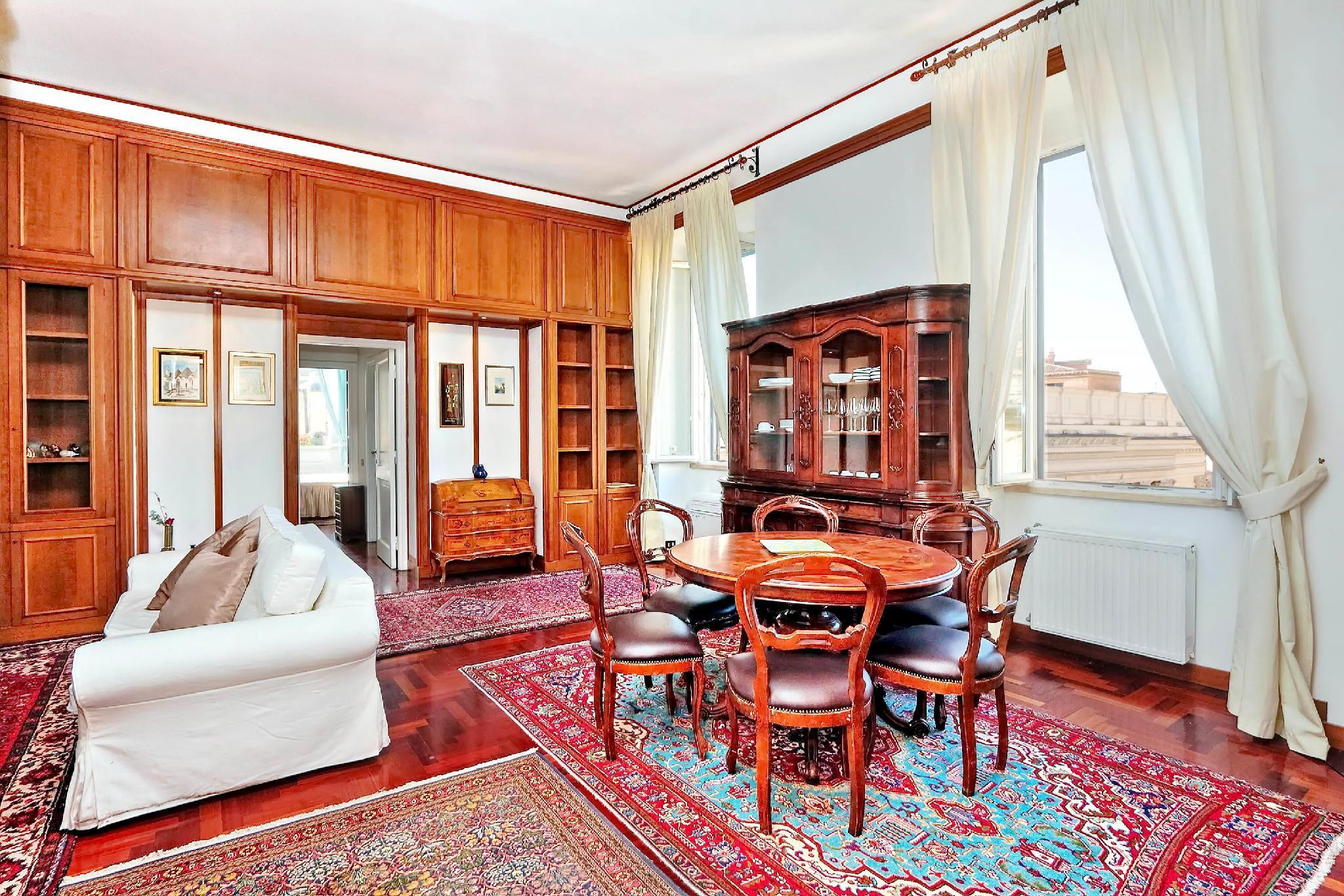 Pantheon Family Romantic Suite