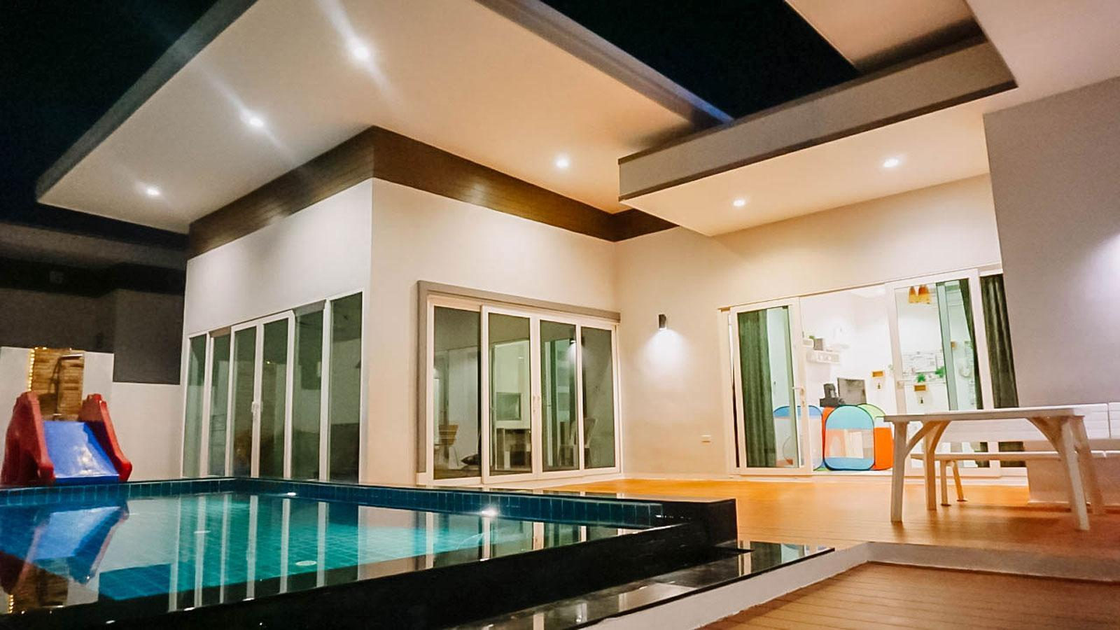 U Pool Villa Huahin