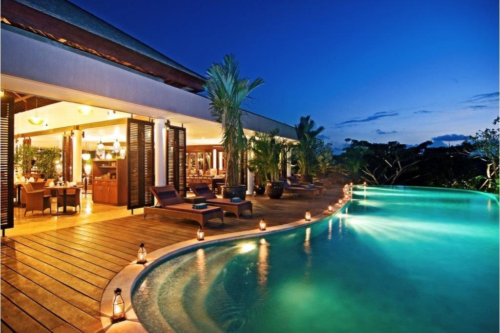 Gending 4BR Luxury Private Villa With Jungle View