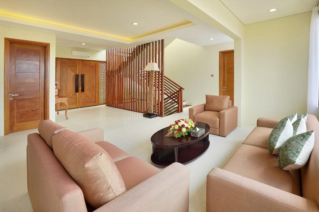 3 BR+Private Pool+balcony+Brkfst @ 68 Nusa Dua