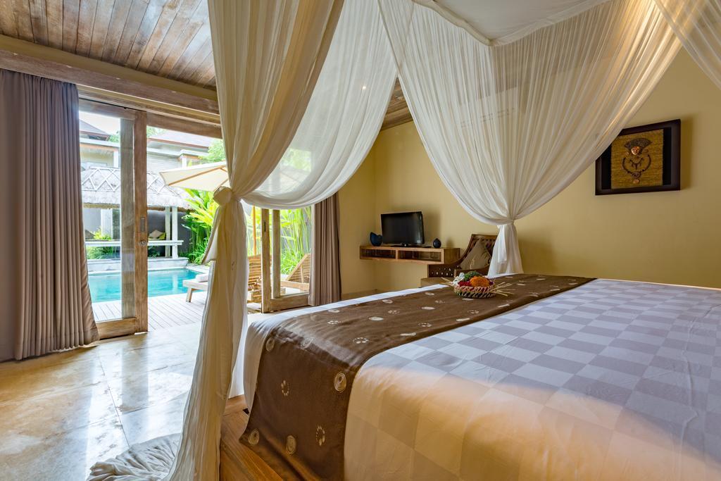 Two Bedroom Pool Villa+shower+Brkfst @ 65 Nusa Dua
