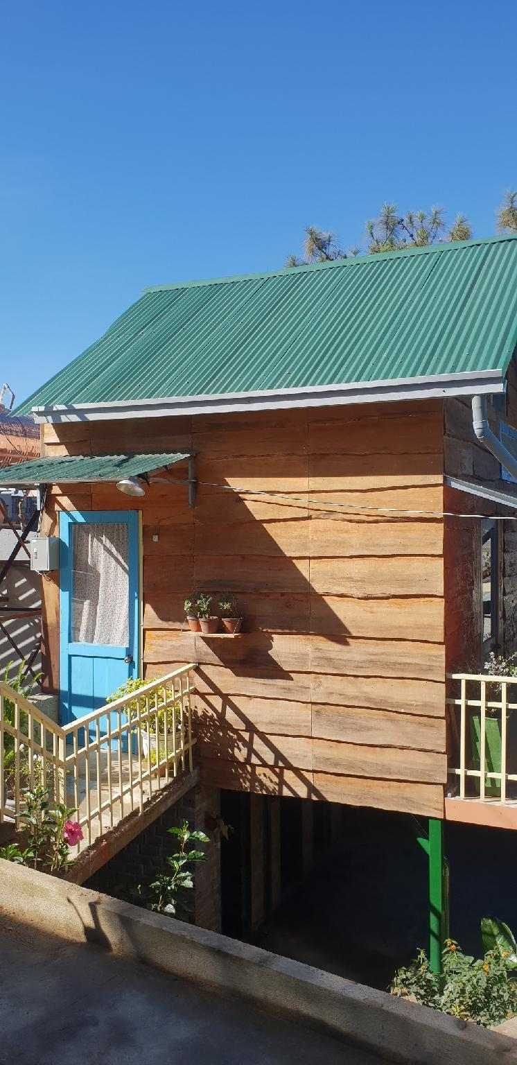 Sunny Hill   Mini Wooden Bungalow For Couples