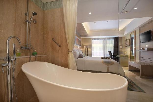 Premium Room with Balcony - Breakfast#SHS