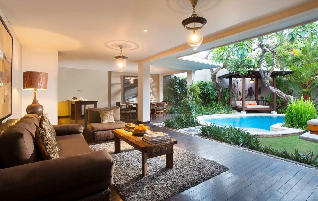 2 BR Deluxe Pool Villa+bathtub+Brkfst @ 52 Kuta