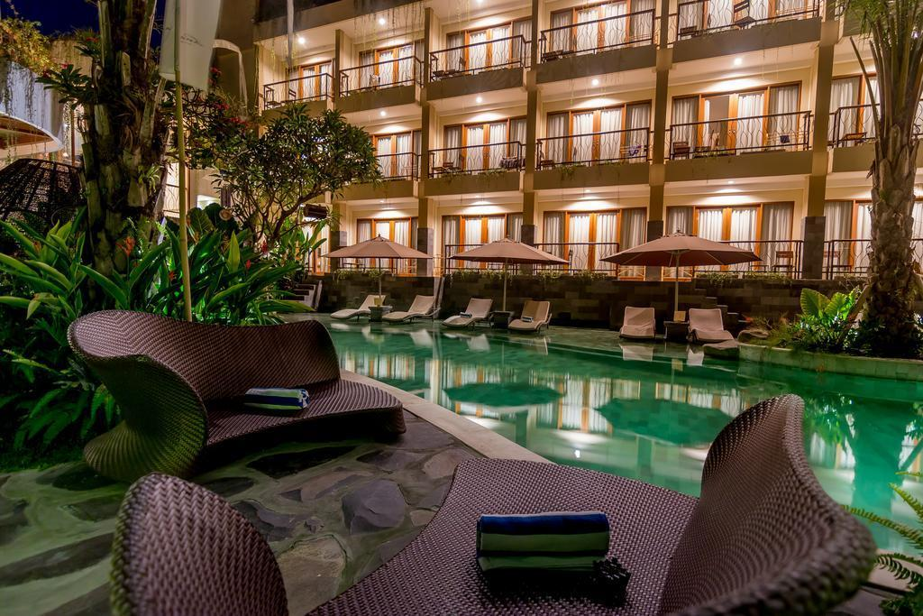 Suite Lagoon View   Breakfast AUH