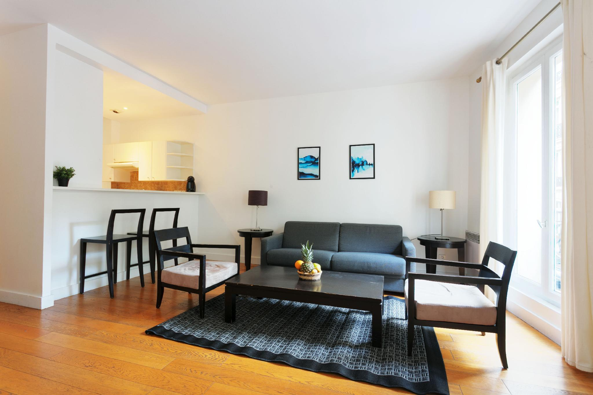 COURCELLES- LOVELY 1BR NEXT TO PARC MONCEAU