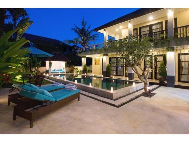 3BR. Cometa Villa Private Pool & Brakfast