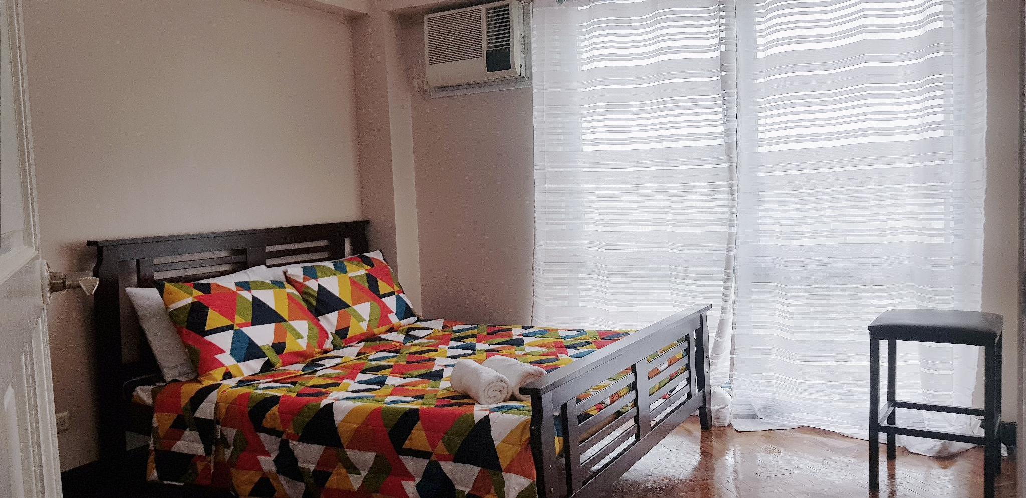 1707 Holistay Manila 2-Bedroom Condo with Netflix