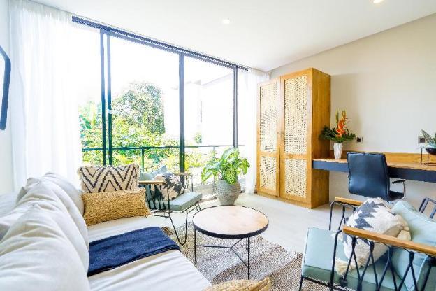 Julian's Apartment