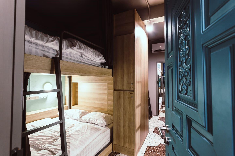 Single Bed with breakfast 1 อพาร์ตเมนต์ 1 ห้องนอน 1 ห้องน้ำส่วนตัว ขนาด 20 ตร.ม. – เยาวราช