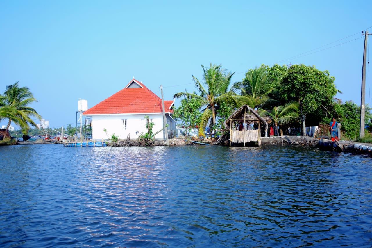 Caribbean Casa Island Resort Kumbalangi