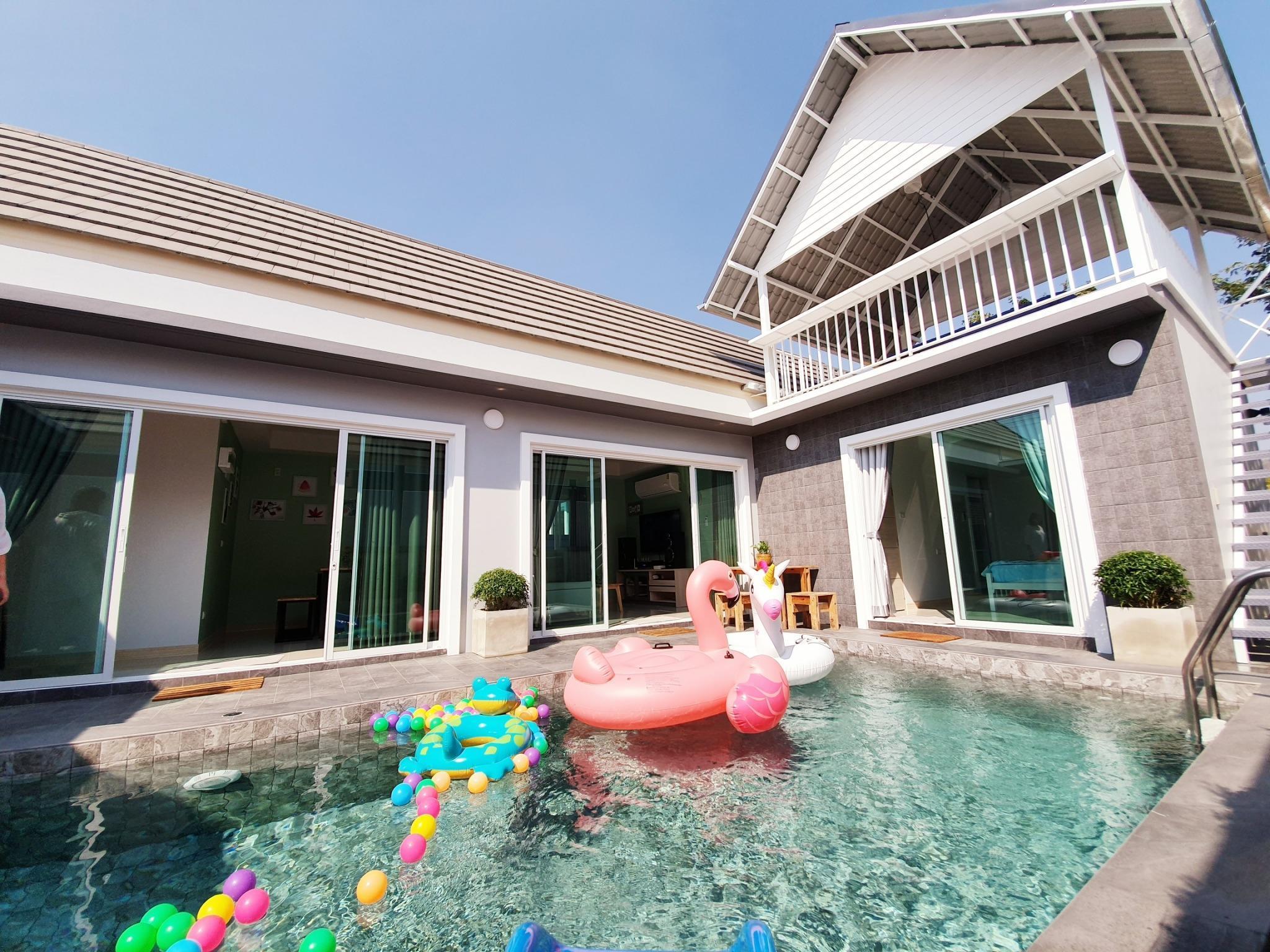 D Day Pool Villa Hua Hin