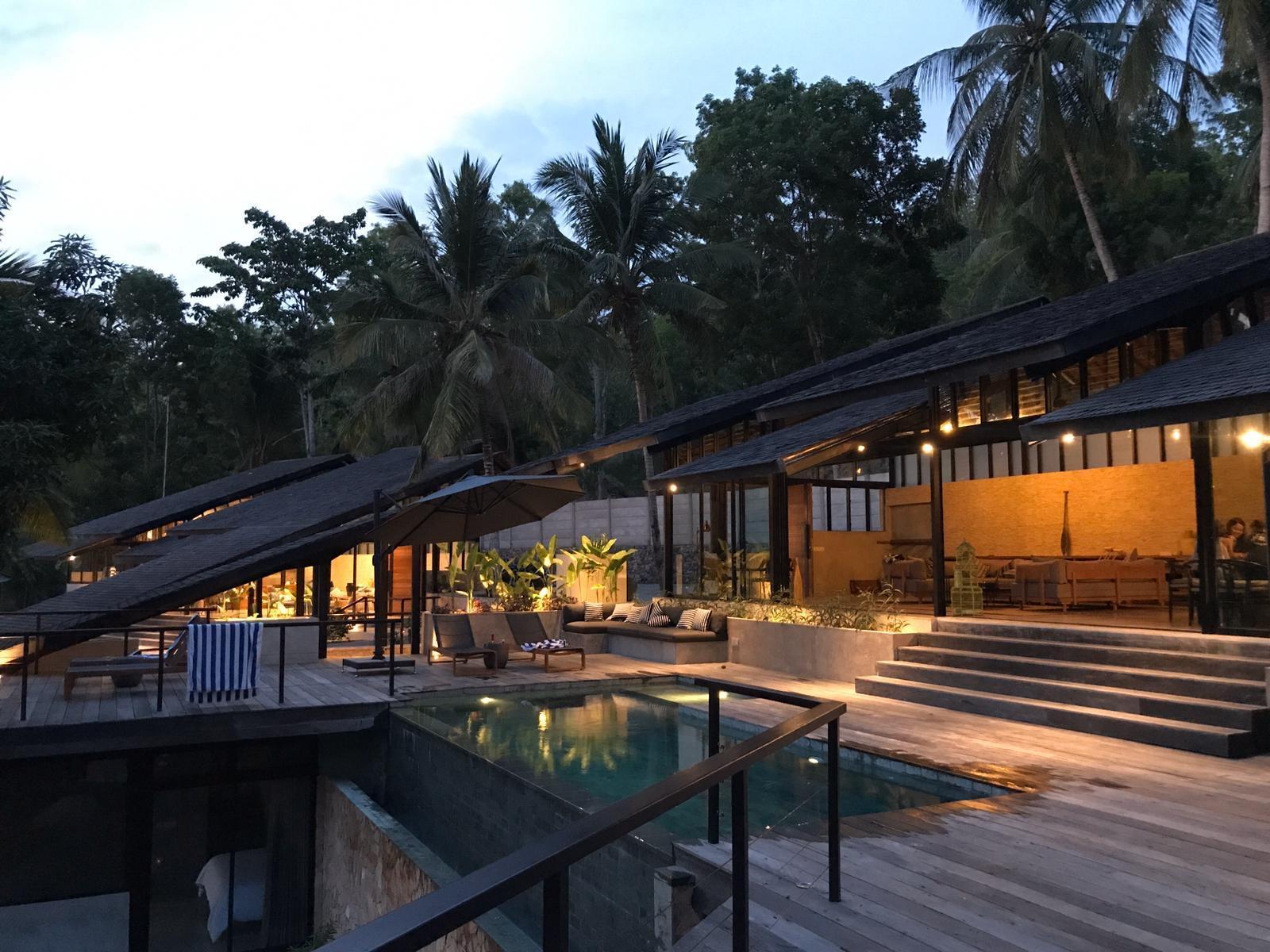Kirikan Villas  5.5BR  Overlooking Selong Belanak