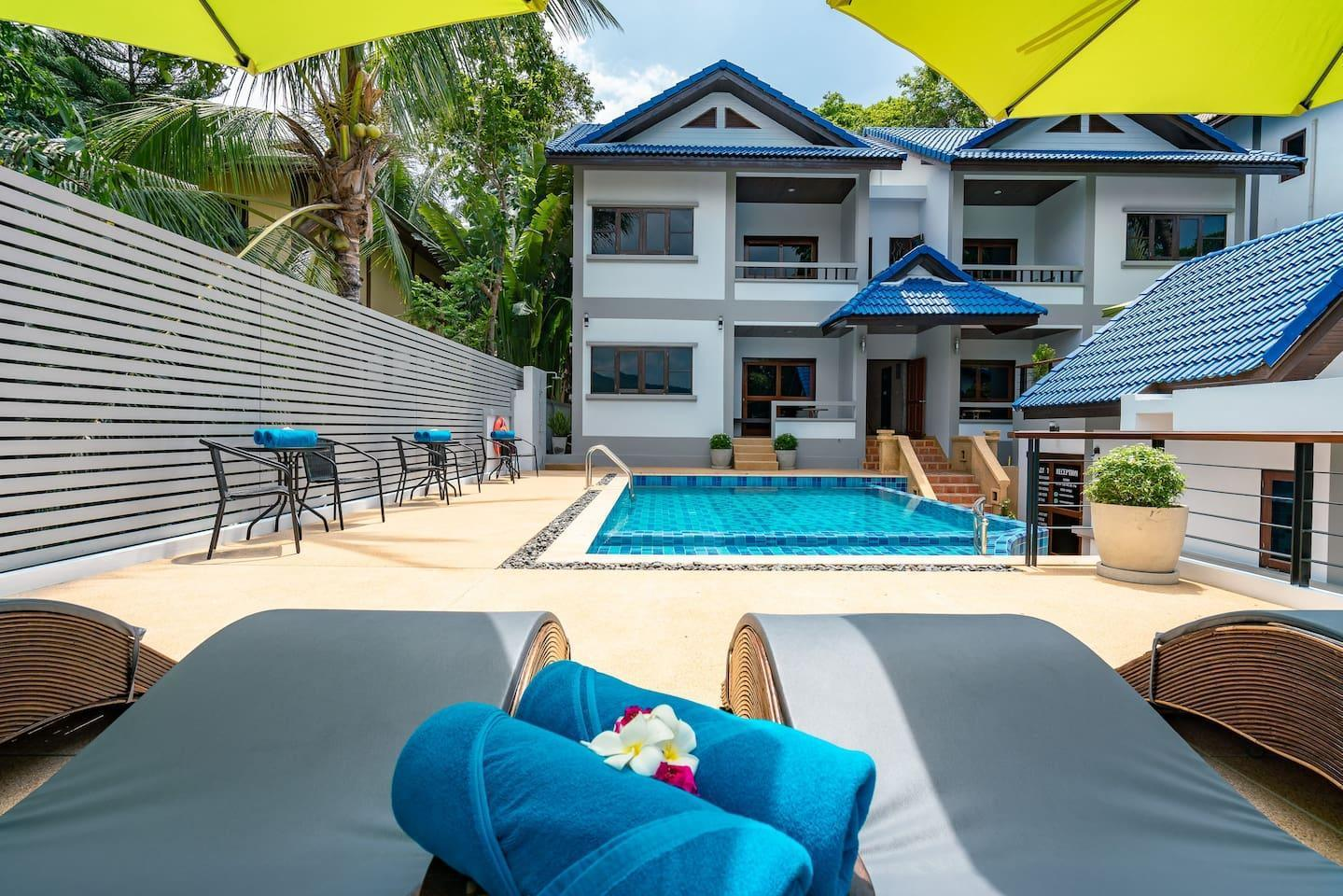 Poolside 2 Bed/2 Bath House in Center, Terrace บ้านเดี่ยว 2 ห้องนอน 2 ห้องน้ำส่วนตัว ขนาด 80 ตร.ม. – หาดเฉวง