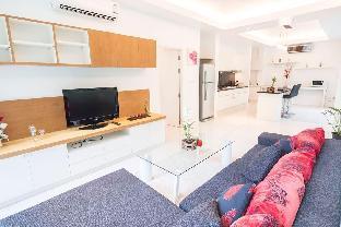 [カマラ]一軒家(79m2)| 1ベッドルーム/1バスルーム 1 Bedroom Condo in Kamala Hillside