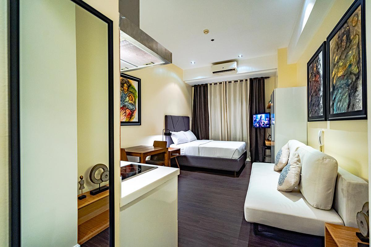 Romantic Art Room in Makati *Fast WIFI*