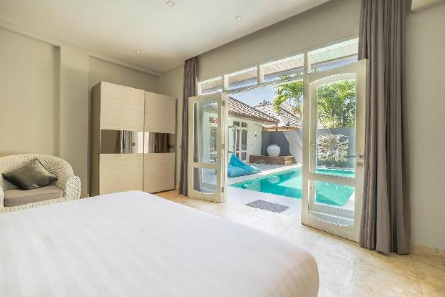 Villa Dadap | Luxurious Modern Villa