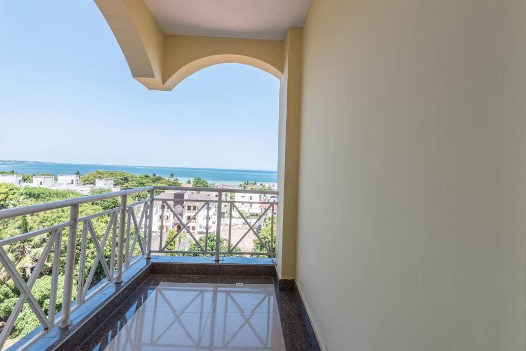 Ocean & City View Apartment Nyali Mombasa - Kenya