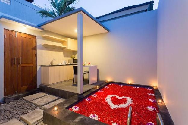 Romance Plunge Pool Villa Radea Umalas