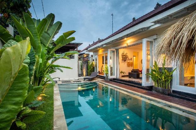 Villa Aurora - private 2 BR villa Seminyak