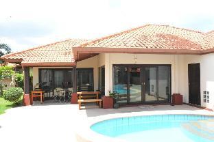 [ナージョムティエン]ヴィラ(76m2)| 4ベッドルーム/2バスルーム 3 bd Villa 300m beachfront Pattaya