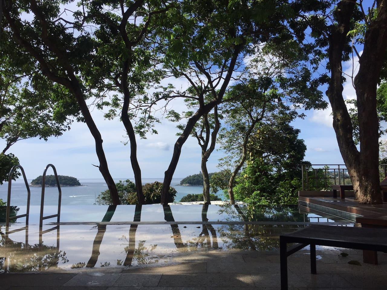 1 bed bungalow very near Kata beach with sea views