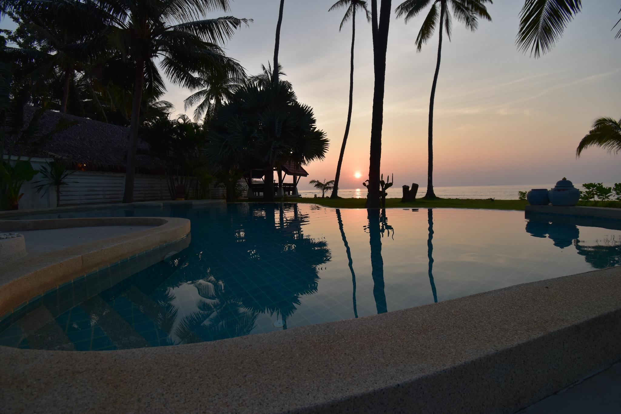 Beachfront villa with pool - Malee Beach Villa E1 วิลลา 5 ห้องนอน 2 ห้องน้ำส่วนตัว ขนาด 200 ตร.ม. – หาดพระแอะ