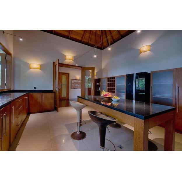 5BR Luxury Room Private Villa with Breakfast