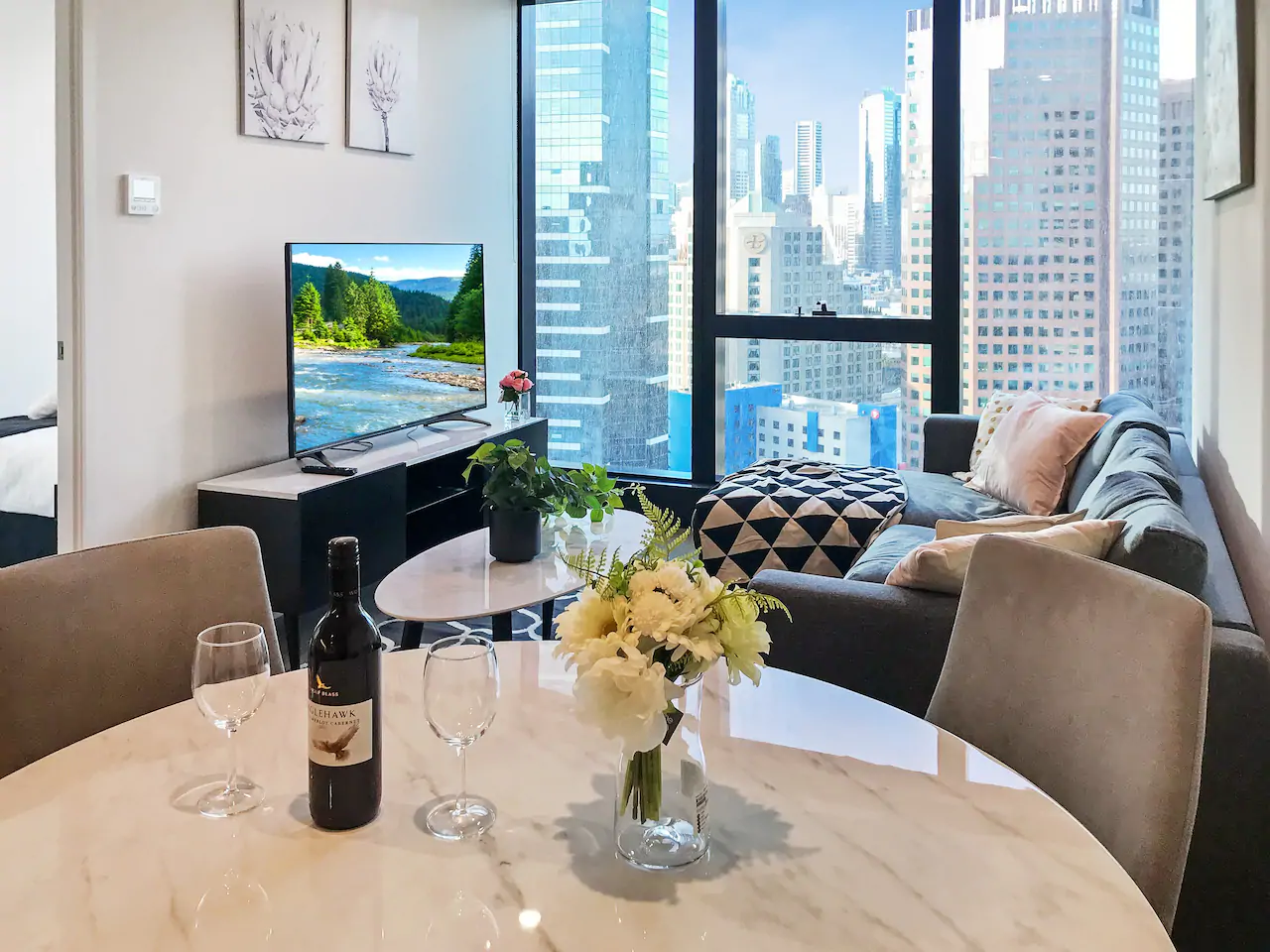 FREE Wine+Netflix+Wifi+Views+Pool+Casino