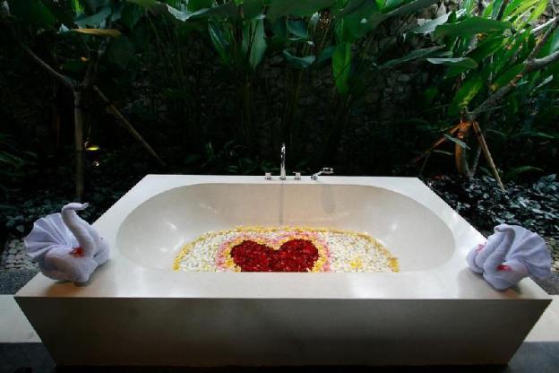 Beingsattvaa One Bedroom Joglo Villa - Breakfast