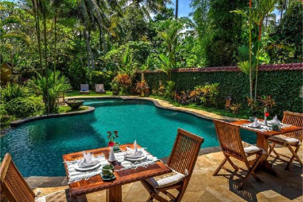 6BR Stunning Private Villa & Garden View