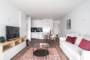 Savory Red Apartment  Sete Rios  Lisbon   New