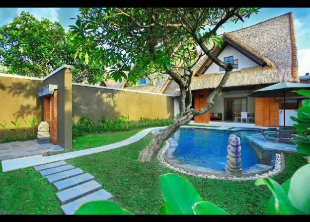 2BR Deluxe Villa with Private Pool - Breakfast