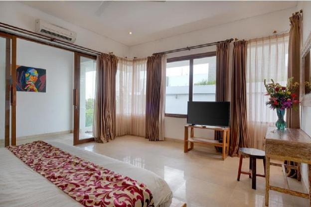 Peacefull Stunning 5BR Larger Luxury Private Villa