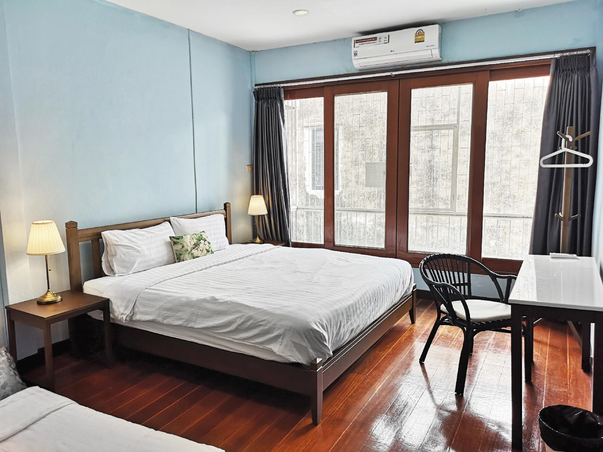 Peaceful Thonburi Home บ้านเดี่ยว 2 ห้องนอน 1 ห้องน้ำส่วนตัว ขนาด 200 ตร.ม. – Thonburi