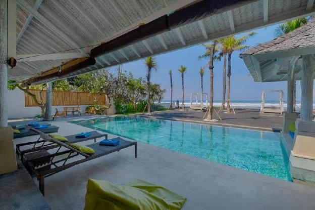 5BR Pool Villa Beach Front- Breakfast