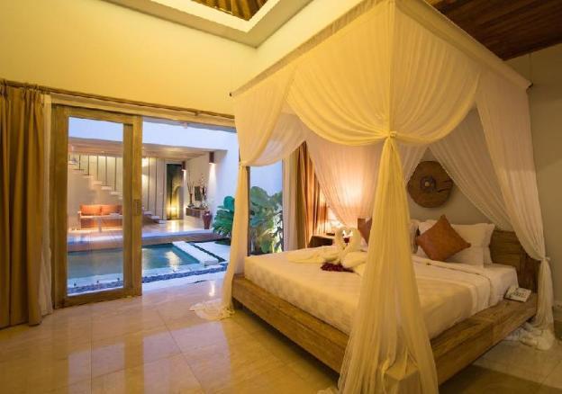3BR Luxury Pool Villa + Dinner + Spa in Ubud
