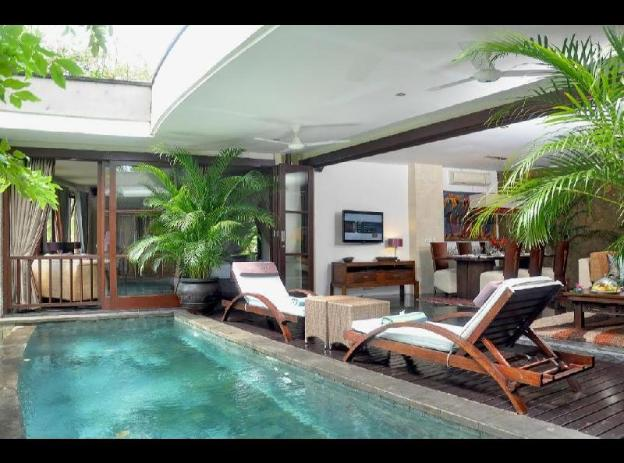 Two Bedrooms Villa with Private Pool - Breakfast