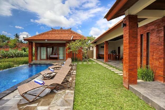 3 BR Villa with Private Pool- Breakfast