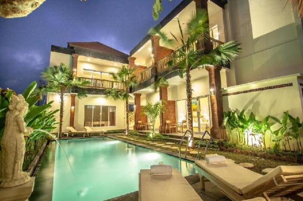 5 BR with Private Pool and Breakfast