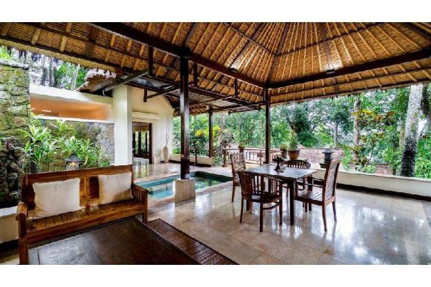2 Family Bedroom Pool Villa with Falley view