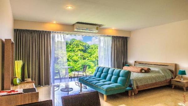 CHIC CONDO**TOP FLOOR**KARON BEACH NEPHRITE Phuket
